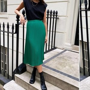 Babaton Kelly Green Pleated Midi Skirt